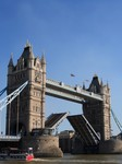 tower bridge 002.jpg